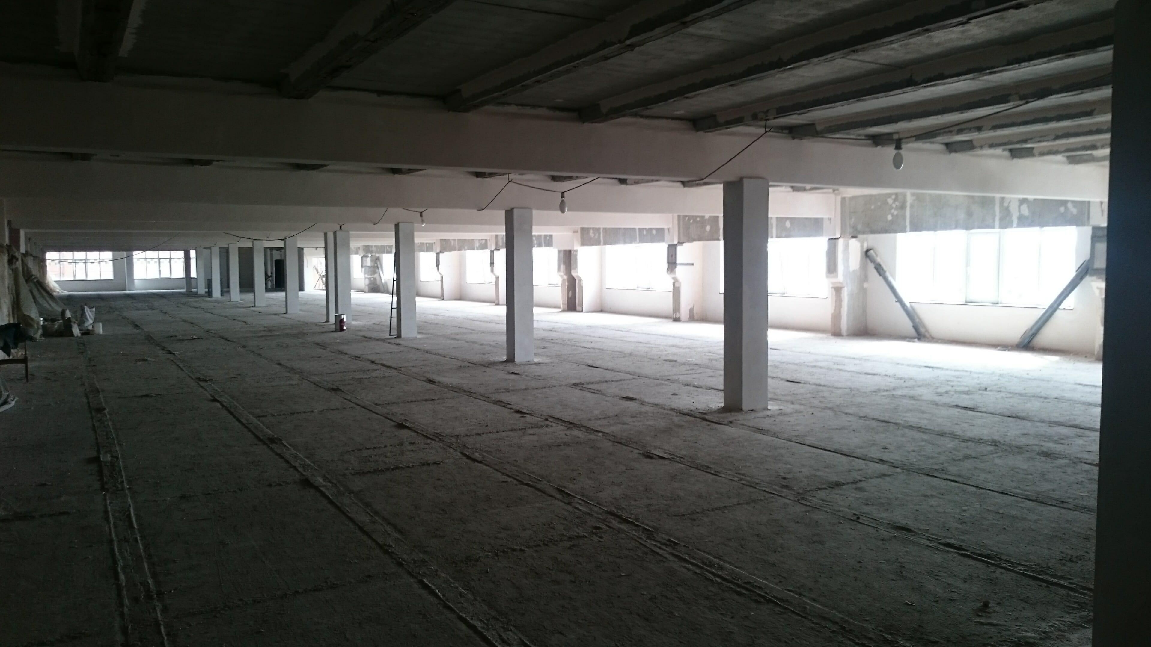 бетонная стяжка пола цена
