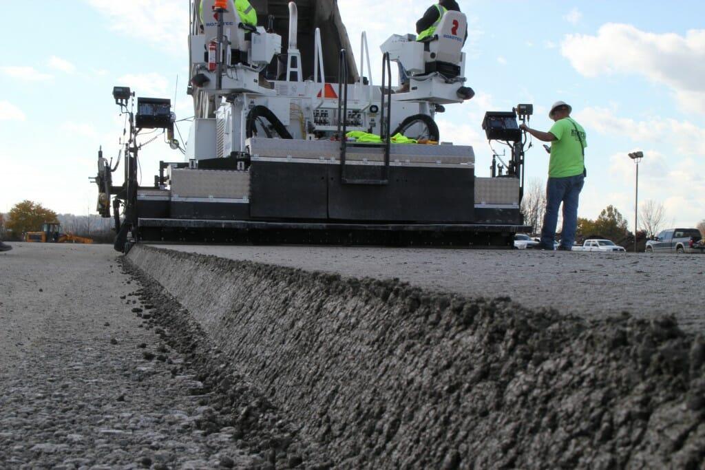 Жесткий укатываемый бетон закладная пластина в бетон купить